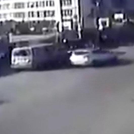 Ümraniyede otomobilin çarptığı yaya metrelerce havaya uçtu