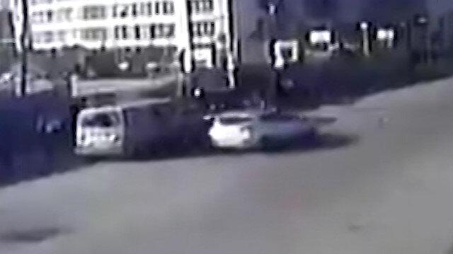 Ümraniye'de otomobilin çarptığı yaya metrelerce havaya uçtu