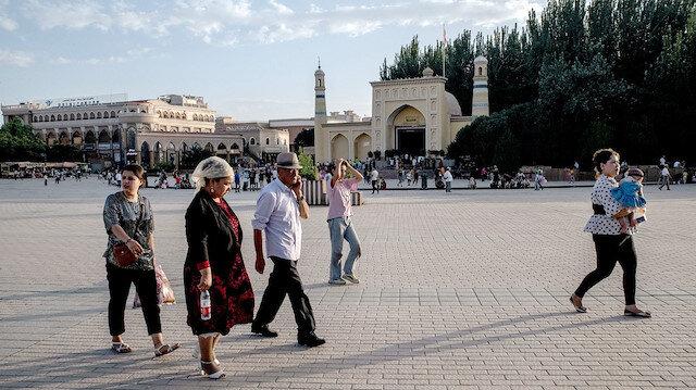 Uygur Türkleri Çin'in gölgesini ensesinde hissediyor