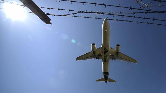 İngiltere, güvenli olarak belirlediği Türkiye'ye uçuş yasağını kaldırıyor