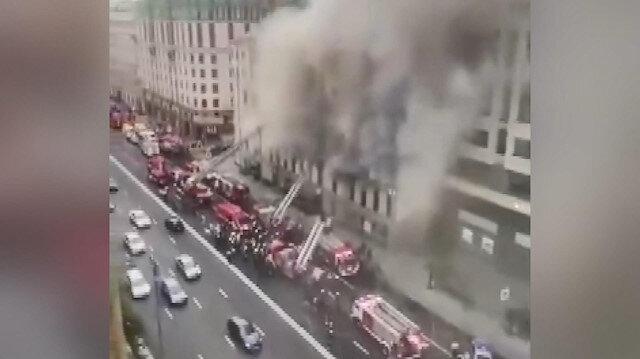 Moskova'da yangın paniği