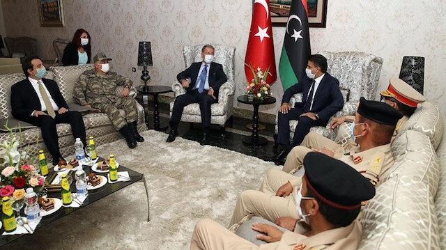 Milli Savunma Bakanı Akar ve Genelkurmay Başkanı Orgeneral Güler Libya'da