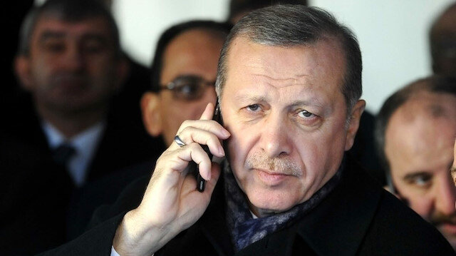 Cumhurbaşkanı Erdoğan, Kırgızistanlı mevkidaşı Ceenbekov ile telefonda görüştü