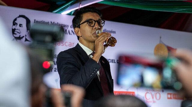Koronavirüsün ilacını bulduğunu açıklayan Madakgaskar'da korkutan gelişme: Başkent yeniden karantinaya alınacak