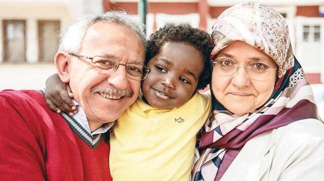 Savaşın çocuklarına evlerini açtılar: Uzanan eller bir umut olup iyilik hareketine dönüştü