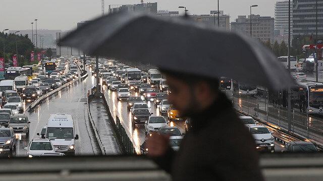 Arabistan sıcakları gidiyor: İstanbul'da yarından itibaren lokal yağış bekleniyor