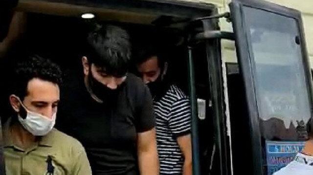 Esenyurt'ta 14 kişilik minibüsten 42 kişi çıktı