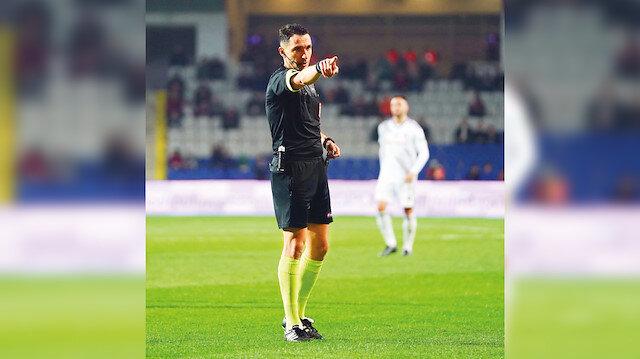 Abdulkadir Bitigen'in görevi: Trabzonspor'u bitirmek Başakşehir'e kazandırmak