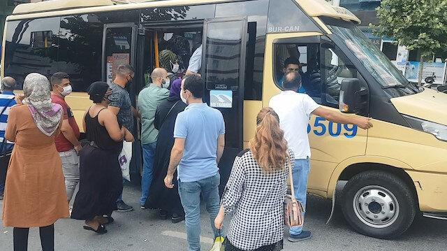 Uyarılar fayda etmedi: İstanbul'da minibüsler tıka basa doldu, kapılar kapanmadı