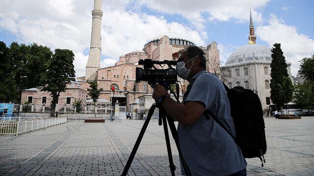 Dünyanın gözü Ayasofya'da: Yerli ve yabancı medya kuruluşları yoğun ilgi gösteriyor