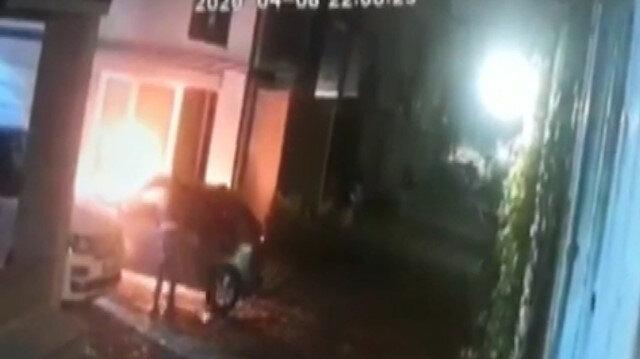 Eyüpsultan'da bir iş adamının evini kundakladılar