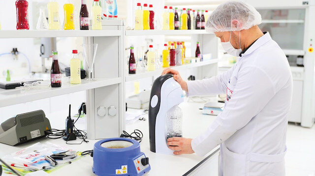 Afetlerde beslenmeye çözüm olacak: Kızılay İçecek yeni Ar-Ge merkezini hizmete açtı