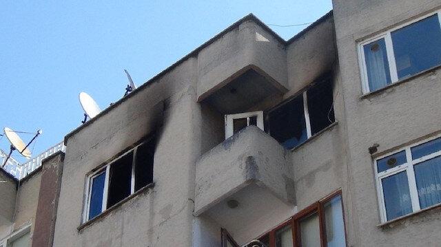 İnegölde korkutan olay: Yangın bir evi kül etti