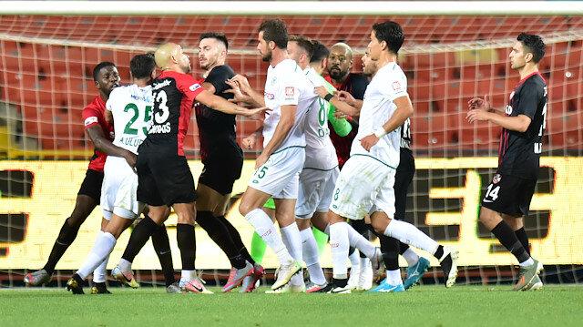 Konyaspor'dan kural hatası iddiası: Maçı tekrar edin