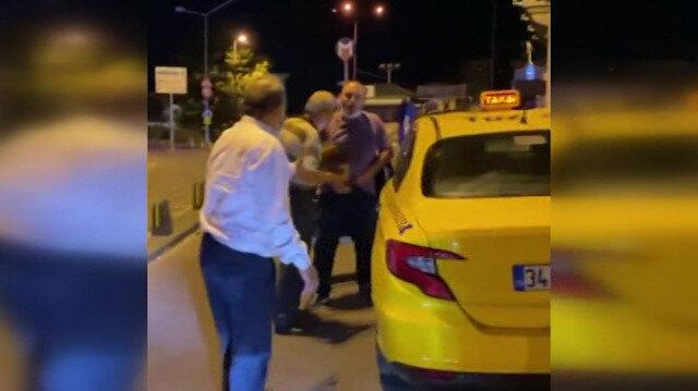 İstanbul'un göbeğinde taksici rezaleti: Bunu da çek deyip cinsel organını gösterdi