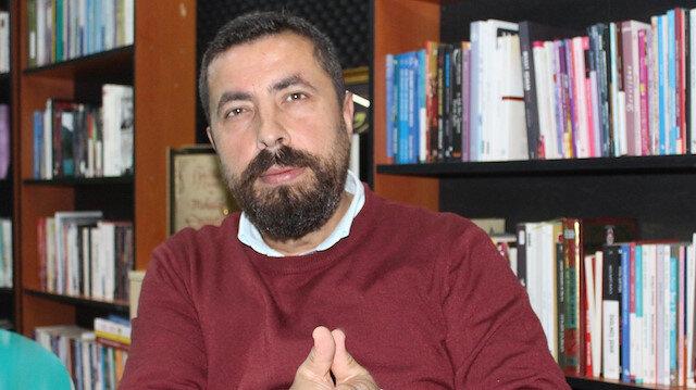 Tarihçi Ahmet Anapalı: Ayasofya halısının parasını ümmetin 'Halife' dediği biri verdi