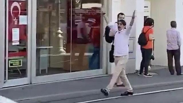 Yolda yürürken Ayasofya'nın açıldığını duyan gencin sevinci: Müjdeler olsun