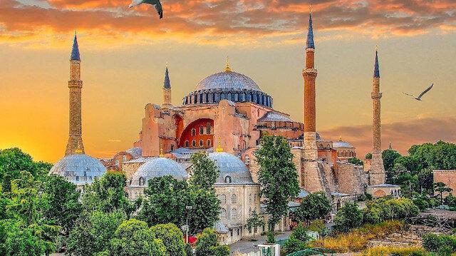 İhtişamlı Ayasofya Camii'nin birbirinden güzel fotoğrafları