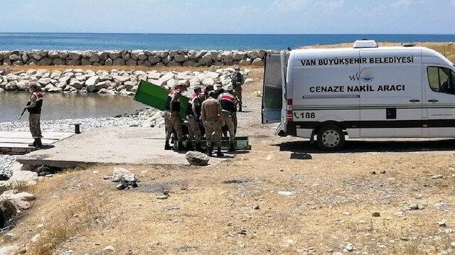 Van Gölü'nden acı haberler gelmeye devam ediyor: Sayı 25'e ulaştı