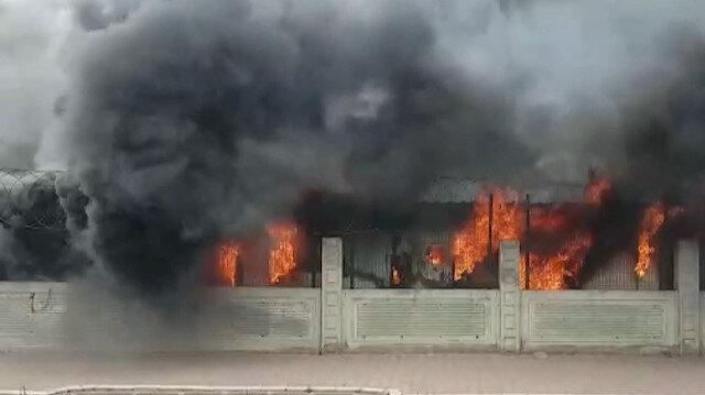 Esenyurt'ta işçilerin kaldığı konteynerlerde yangın çıktı