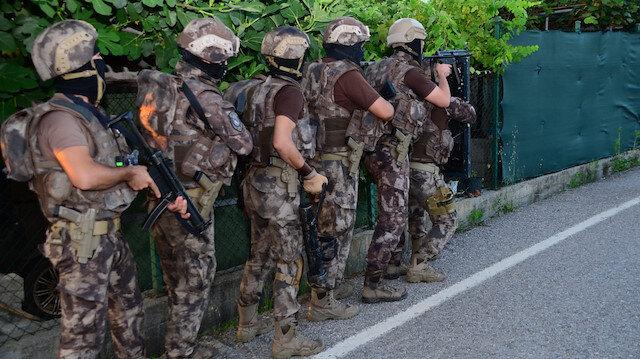 Gaziantep'te terör örgütü PKK'ya şafak operasyonu: HDP İl Başkanı ve muhtarlar için gözaltı kararı