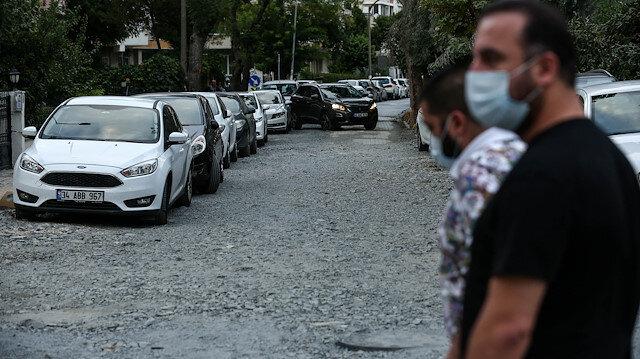 Bitmeyen yol çilesi: Yeşilköy'de yollar delik deşik, etraf toz duman, vatandaş İBB'ye isyanda