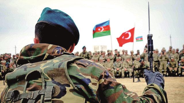Türkiye bütün gücüyle Azerbaycan'ın yanında: Tek millet tek ordu