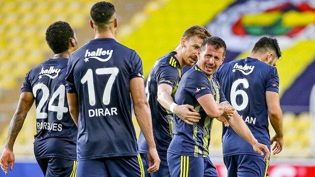 Fenerbahçe'de olay iddia: İdmanda yumruklar havada uçuştu