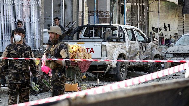 Afganistan'daki intihar saldırısı askeri konvoyu hedef aldı: Sekiz asker öldü
