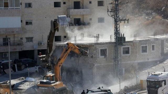 Bunu da yaptılar: İsrail askerleri Batı Şeria'da karantina merkezini yıktı