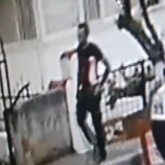 İzmirde bıçakla önünü kestiği kadına tecavüz etmeye kalkışan sapık kamerada