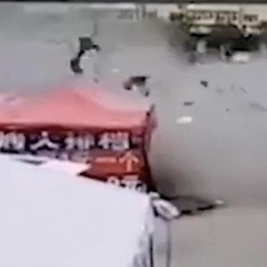 Çinde restoranda şiddetli patlama anı kamerada: 12 yaralı