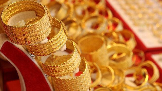 Kuyumculardan gram altın tahmini: Yıl sonuna kadar 450 lira olabilir