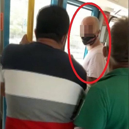 Metroda kadınların gizlice fotoğrafının çekildiği iddiası yolcuları çılgına çevirdi: Şüpheliyi darp ettiler