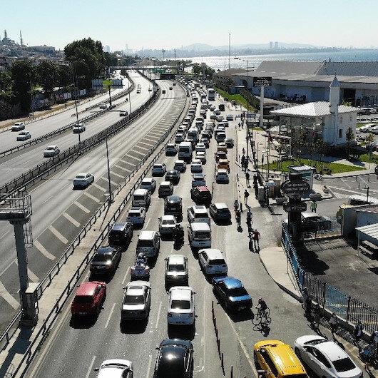 Sahil yolunda Ayasofya trafiği