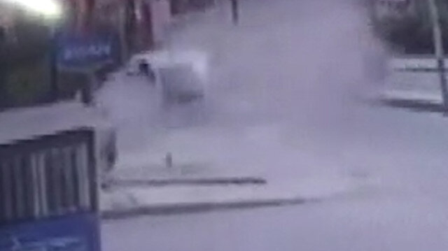 Arnavutköy'de iş yerinde patlama anı kamerada
