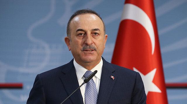 Çavuşoğlu: Bayrak indirmek, Türk bayrağını yakmak böyle aciz davranışlar Yunanistan'a yakışır