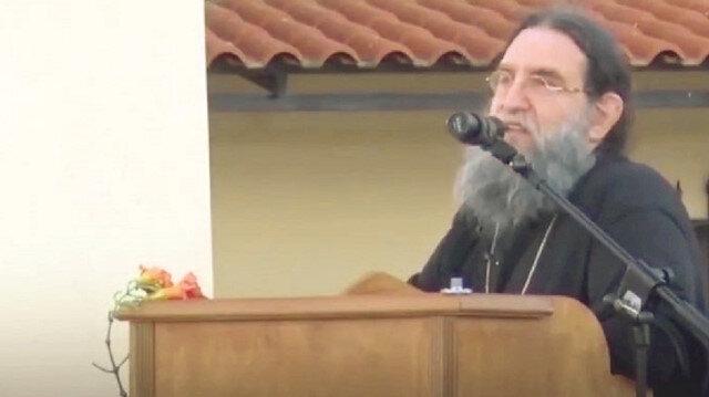 Yunan rahipten Ayasofya ayarı