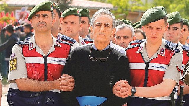 Öztürk'ün emir astsubayına 6 yıl hapis