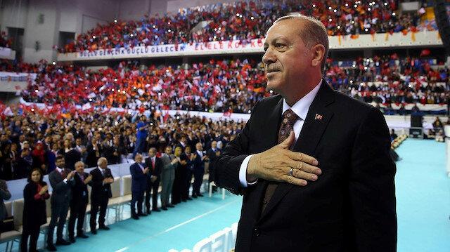 AK Parti'de yaz mesaisi
