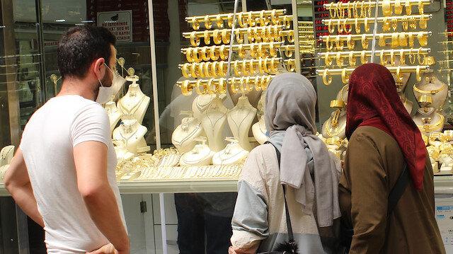 Altın için dikkat çeken uyarı: Gerileme olabilir acele etmeyin!