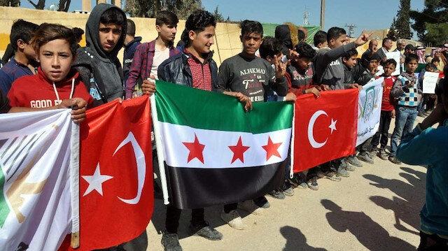 İdlib'deki Suriyeliler Türk askerine teşekkür etti: Allah'ın lütfu ve onlar ile durum eskisinden daha iyi