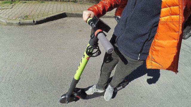 Elektrikli scooter Martı'yla yola çıkan sürücüye 130 TL ceza