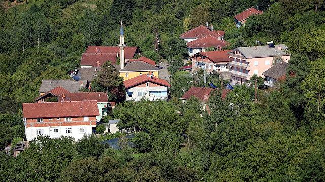 Köy muhtarından hemşehrilerine 'Bayramda Gelmeyin' çağrısı