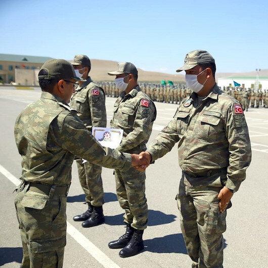 TurAz Kartalı tatbikatına katılan Türk ve Azerbaycan askerleri bayramlaştı