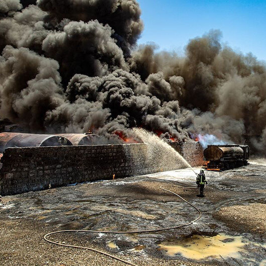 İdlibde akaryakıt pazarına hava saldırısı düzenlendi