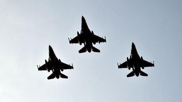 Türk F-16'ları Azerbaycan semalarında
