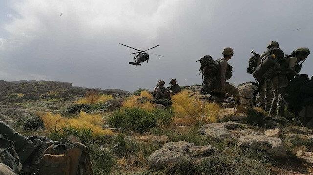 İçişleri Bakanlığı: Siirt'te iki terörist silahlarıyla birlikte etkisiz hale getirildi