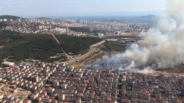 İstanbul Maltepe'de askeriyenin içindeki otluk alanda yangın