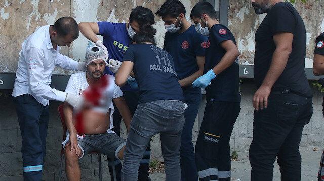 İstanbul Taksim'de değnekçi terörü: Otomobilini park etmeye çalışan sürücüye dehşeti yaşattı